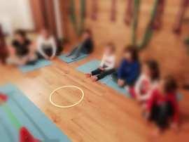 lezione yoga bimbi3